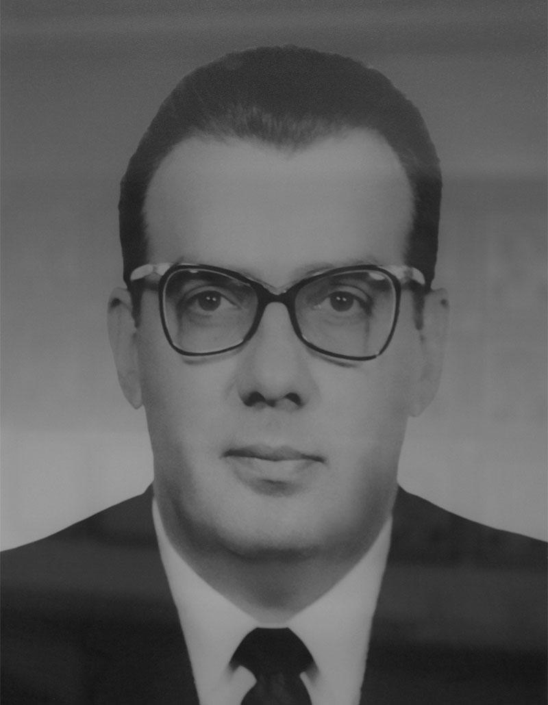 Dr. Carlos Valenzuela Esquerro
