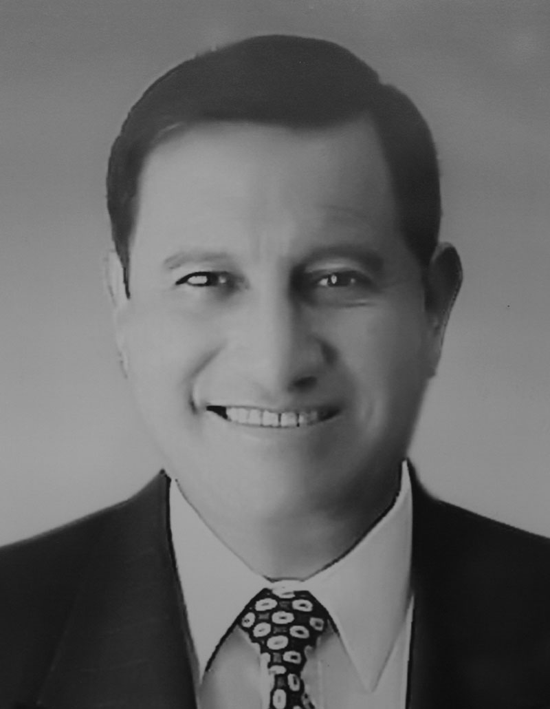 Dr. Jaime López López