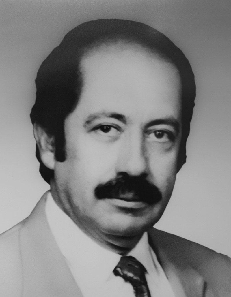 Dr. Mario Barrón Soto