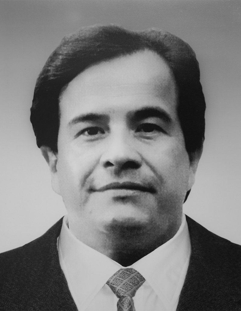 Dr. Mario Hernández Palestina