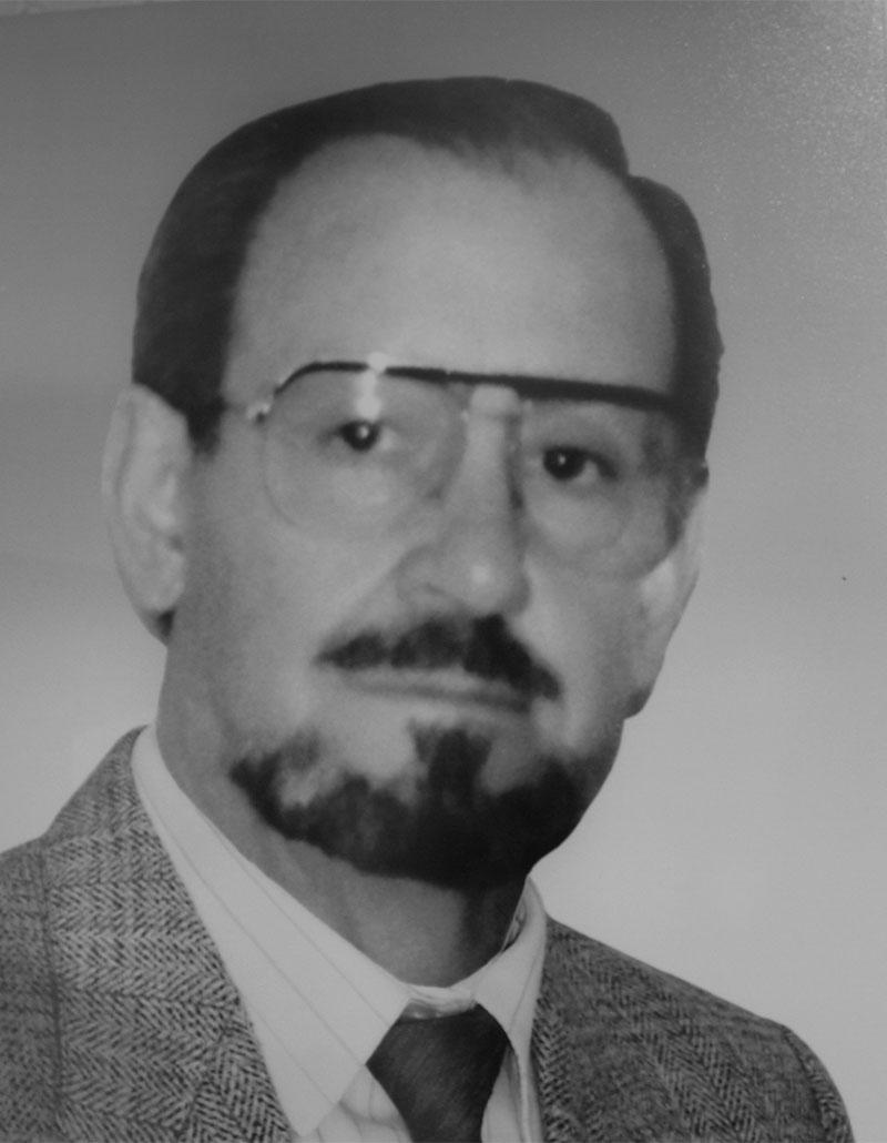 Dr. Oscar Farías Álvarez