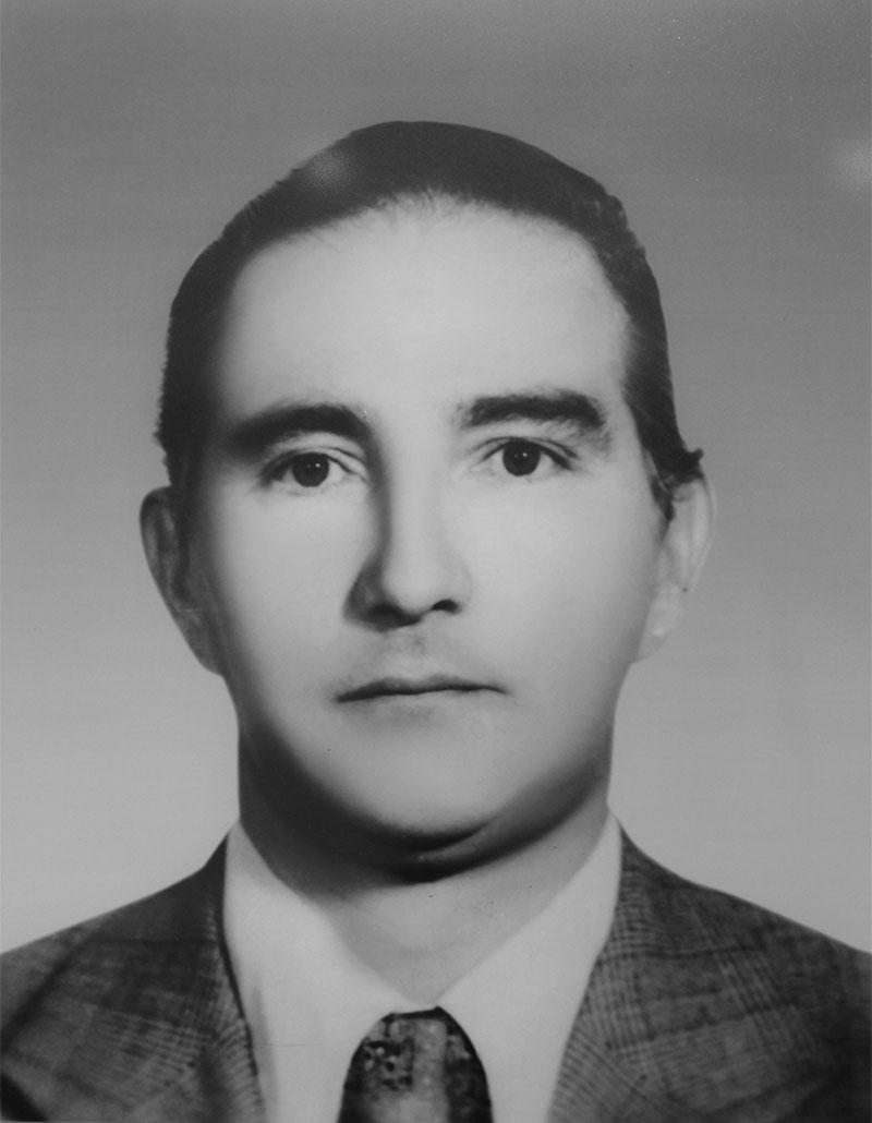 Dr. Rafael Andrade Gallegos