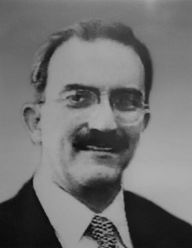 Dr. Rafael Manuel Navarro Meneses