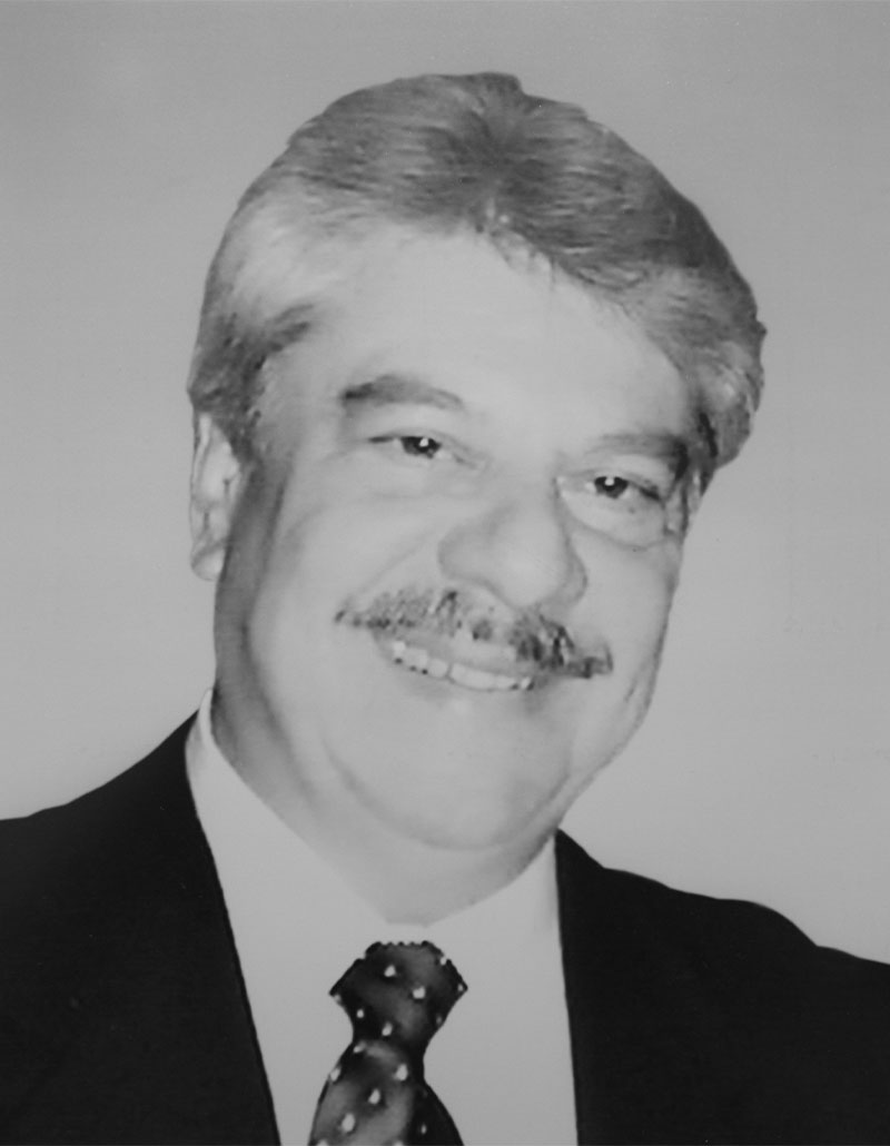 Dr. Víctor Eduardo Vera Martínez