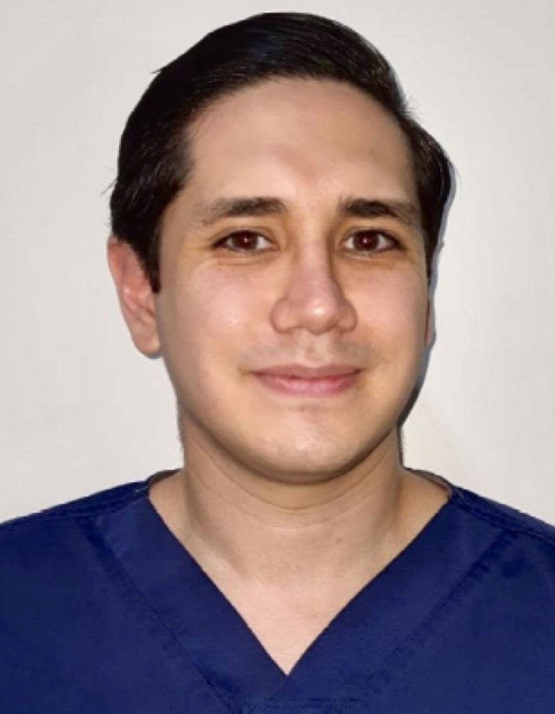 Dr. Mario Toledo